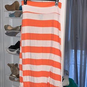Orange and white maxi skirt 🧡🤍